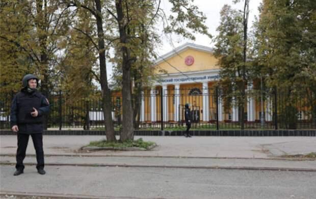Пермский вуз дополнительно выделит по 1 млн рублей семьям погибших при стрельбе