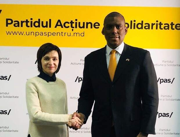 В Республике Молдова в обстановке безвластия продолжает усугубляться всесторонний кризис. В первую очередь, катастрофическая...