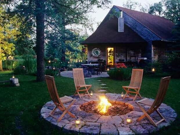 Постройте кострище для отдыха летней ночью