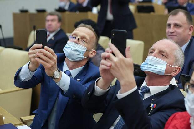 От Вассермана до Милонова: кто из знаменитостей будет сочинять законы в новой Госдуме