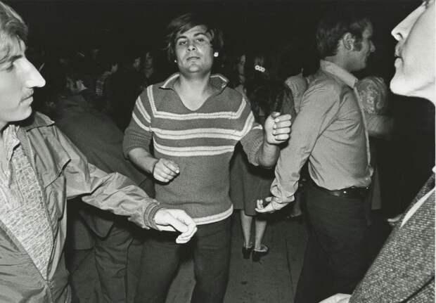 14.  СССР, дискотеки, лихие 90-е, танцы ссср, фото