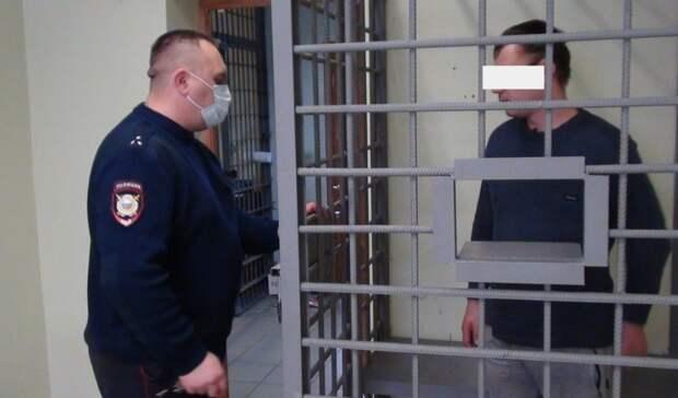 Тагильчанину грозит до10 лет лишения свободы запохищение куртки для товарища