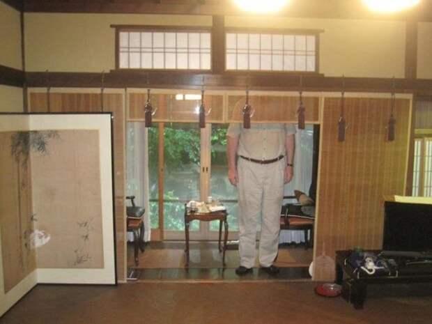 В Японии живут очень низкие люди. Вот 12 фото, которые это доказывают