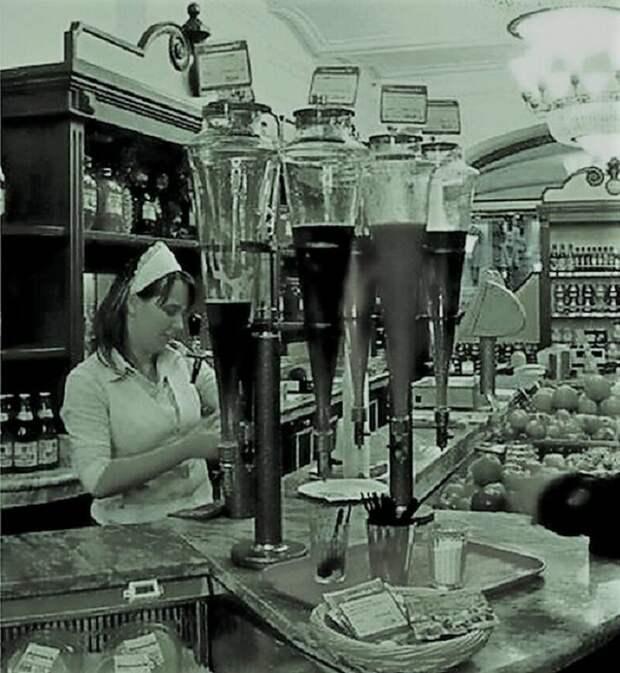 Про советский натуральный разливной сок