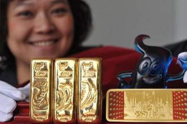 Центробанки все активнее покупают золото