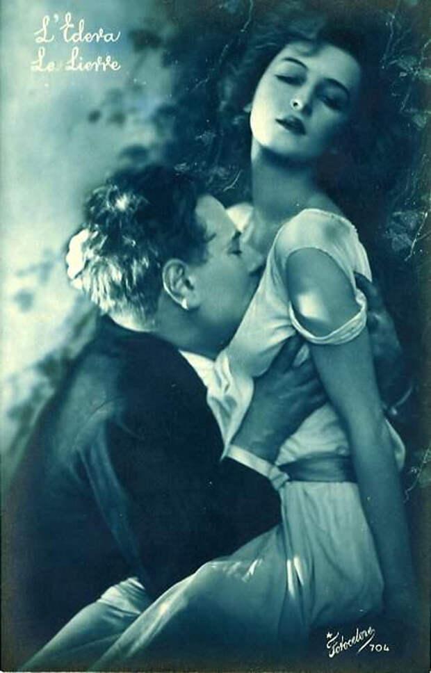 Французские открытки, в которых показано, как романтично целовались в 1920-е годы 42