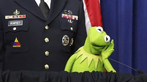 """Disney+ признал """"вредными"""" более 15 серий популярного кукольного шоу для детей"""