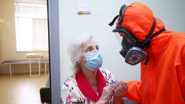 Мясников анонсировал третью волну коронавируса в России