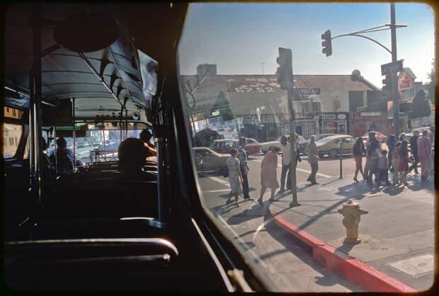 Вид на улицы Голливуда из автобуса