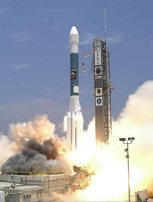 2003 год. С мыса Канаверал запущена ракета-носитель с марсоходом «Spirit» на борту