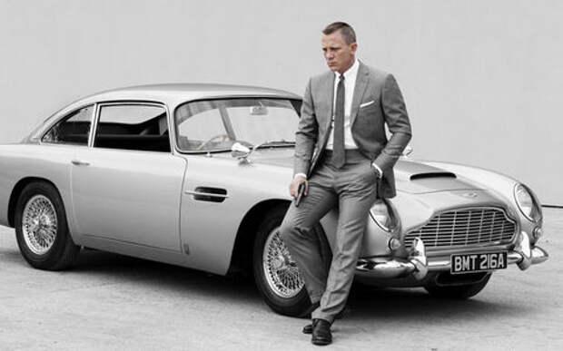 Полвека спустя: Джеймс Бонд снова ездит на Aston Martin DB5