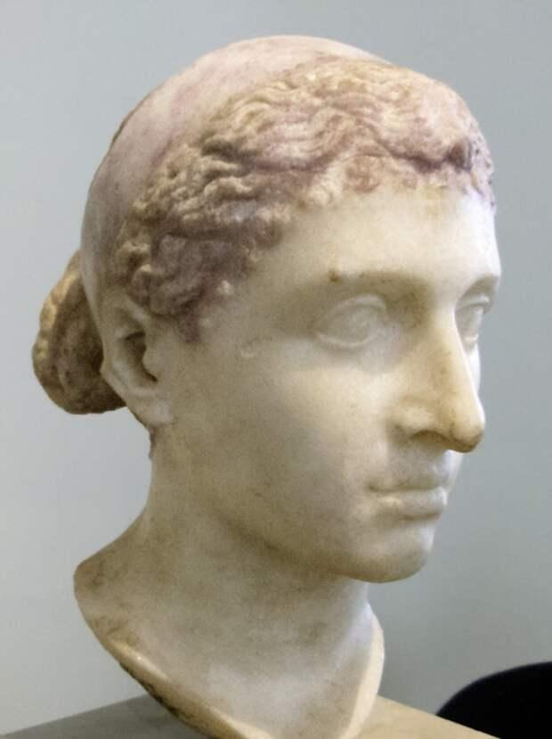 Бюст Клеопатры из Шершелл, Алжир. I в. до н.э.