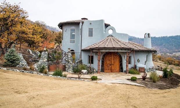 Скромный напервый взгляд дом вОрегоне внутри выглядит как дворец волшебника