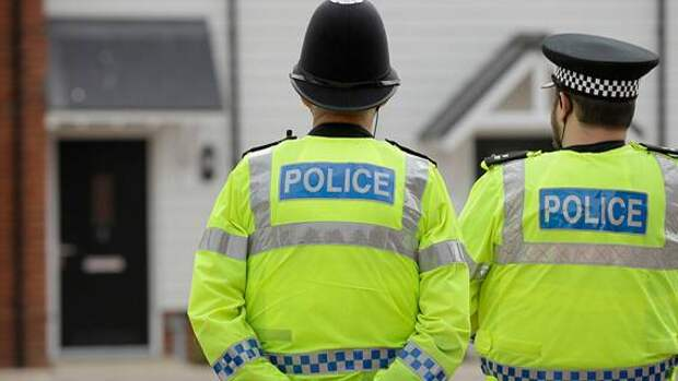 Офицер полиции Великобритании признался в похищении и изнасиловании 33-летней женщины