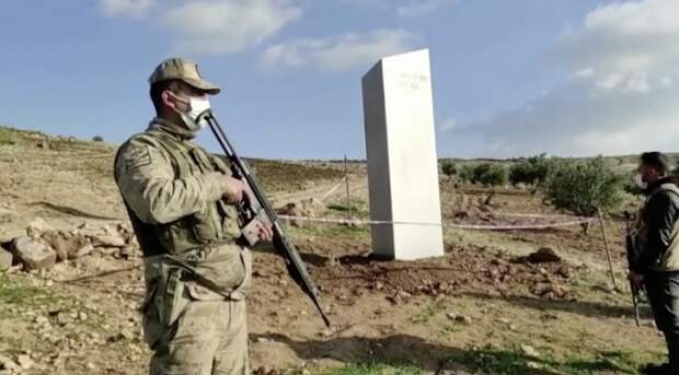 Очередной загадочный монолит обнаружен в Турции. Объект охраняют военные