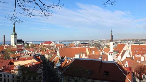 Таллинская скорая уволит непривитых от коронавируса медиков
