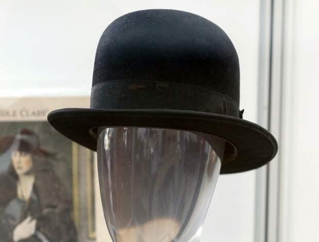 Котелок Чаплина на аукционе в Лос- Анджелесе