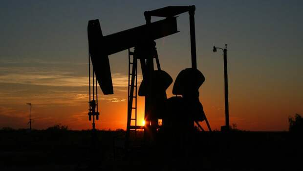 Нефтяные запасы США сократились за неделю на 0,1%