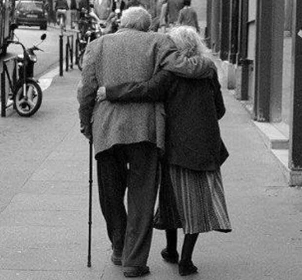 Разговор бабули с дедулей — у меня истерика!