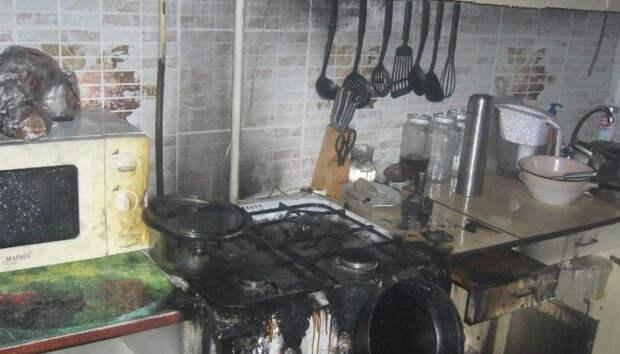 На севере Карелии добровольцы спасли дом от огня