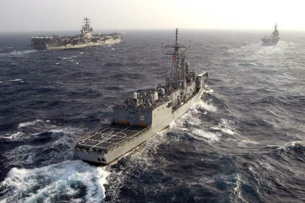 Прибалтика рискует своим населением в угоду амбициям НАТО