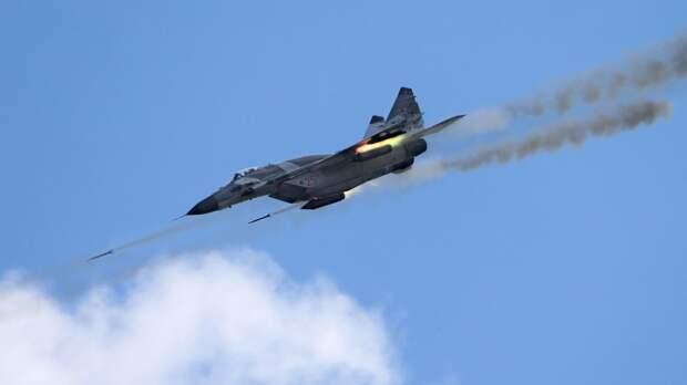 Российские летчики примут участие в конкурсе воздушной выучки «Авиадартс» в Крыму