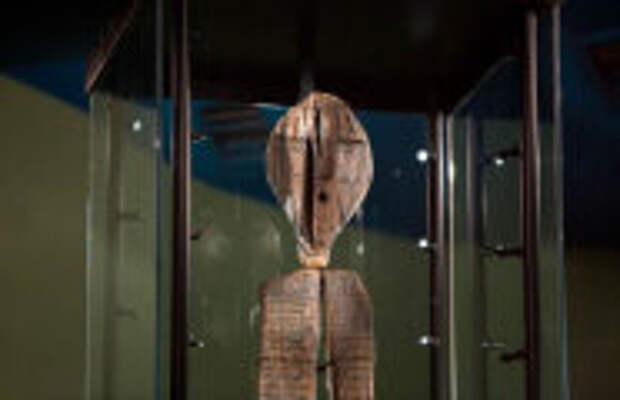 История и археология: Какие тайны открыла древняя скульптура с Урала, которая старше египетских пирамид: «Шигирский идол»