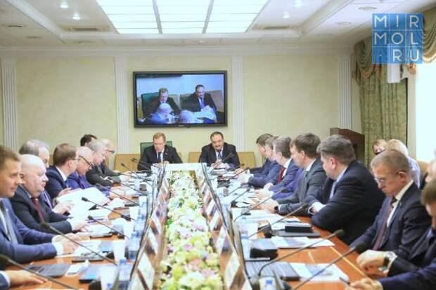 Вопрос сокращения объемов «незавершенки» в Дагестане рассмотрен в Совете Федерации ФС РФ