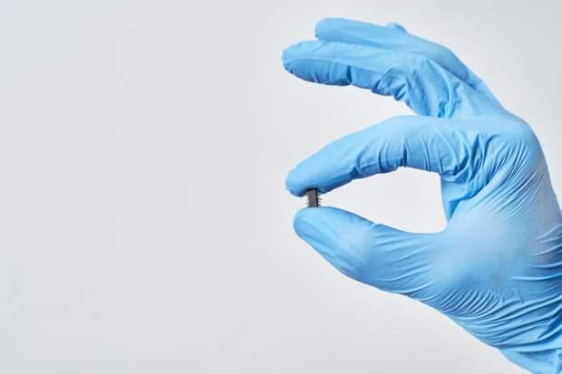 ВСША создали мельчайший вмире чип для контроля засостоянием здоровья человека: Новости ➕1, 12.05.2021