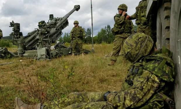 Канадский солдат заснул на стрельбах, сослуживцы решили разбудить его выстрелом пушки