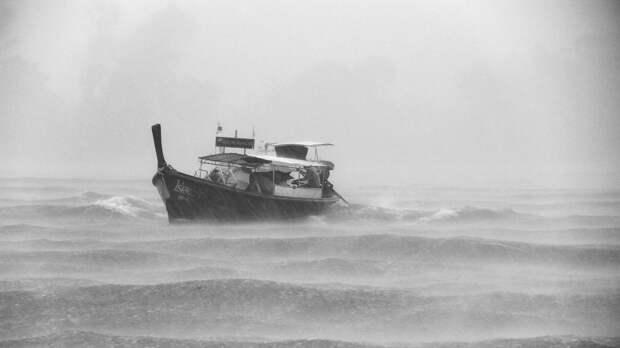 По 300 тыс рублей получат семьи погибших от тайфуна «Майсак» в Приморье