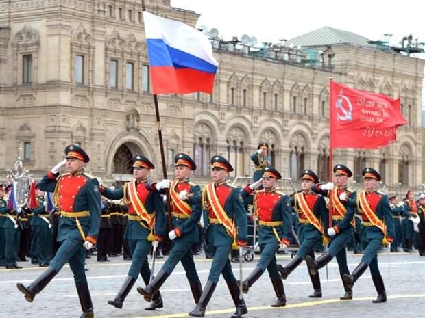 На Красной площади в Москве состоялся парад в День Победы
