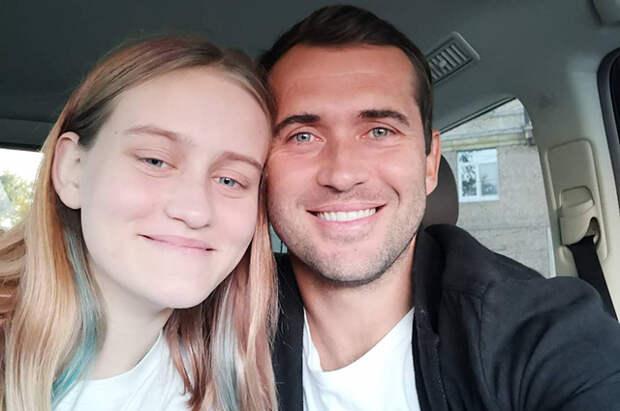 Дочь Александра Кержакова рассказала, что страдает психическим заболеванием