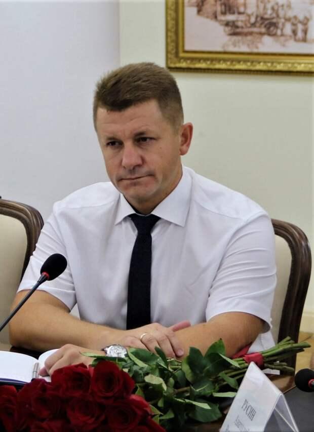 Экс-глава Армянска будет курировать вопросы информационной политики в Симферополе