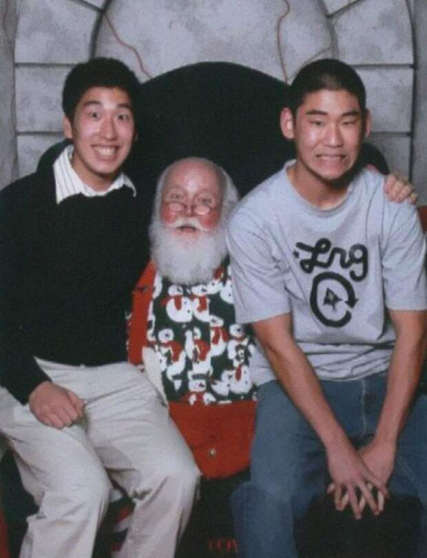 yearly-ageless-santa-pictures-01-612x800