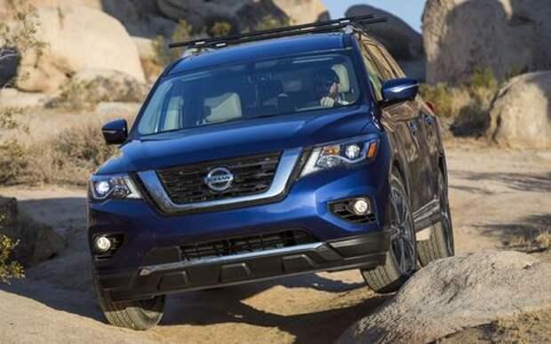 Обновленный Nissan Pathfinder взял уроки физкультуры
