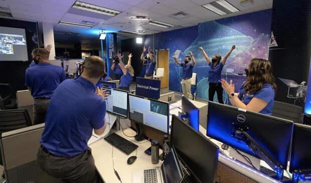 Зонд OSIRIS-REx успешно взял образцы грунта с поверхности астероида Бенну! NASA, Osiris-Rex, Астероид, Космонавтика, Космос, Зонд, США, Технологии