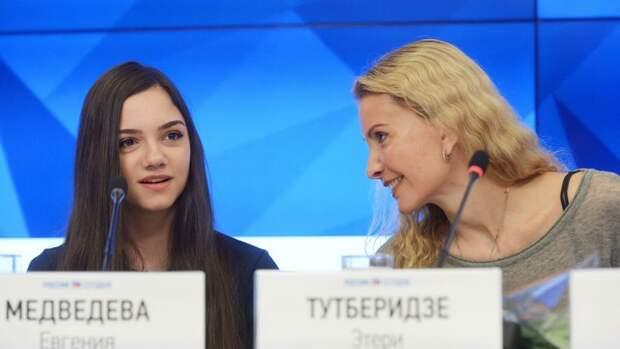 Фигуристка Евгения Медведева возвращается к Тутберидзе. Она ушла от тренера 2 года назад