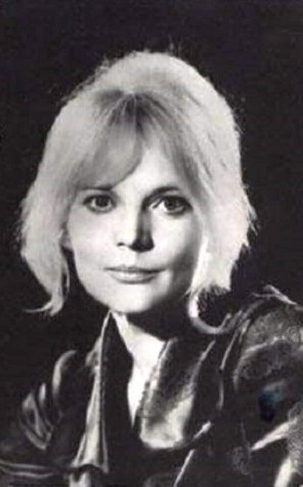 Актриса Ингрида Андриня в 1967 году
