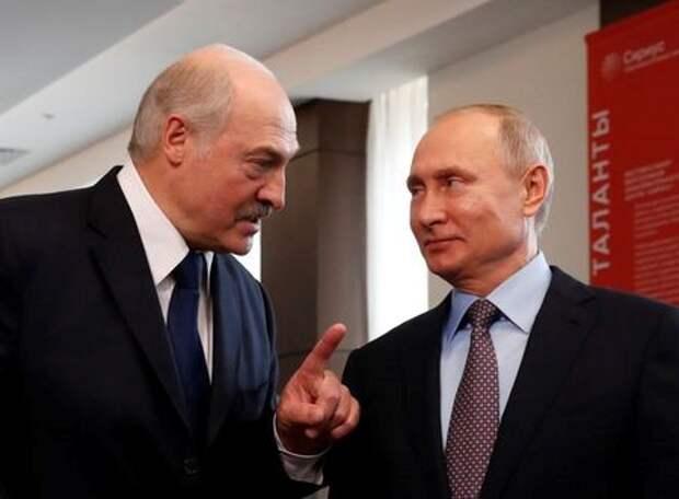 Президент Белоруссии Александр Лукашенко и президент РФ Владимир Путин в Сочи, Россия, 15 февраля 2019 года. Sergei Chirikov/Pool via REUTERS