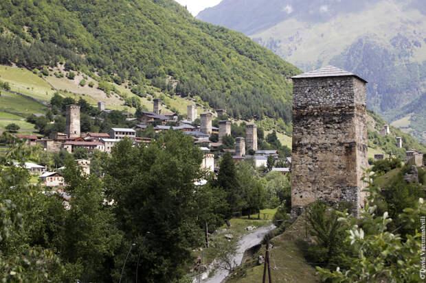Грузия, Сванетия в июле: Местиа.