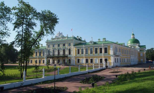 В Твери открывается новая выставка к 75-летию Победы в Великой Отечественной войне
