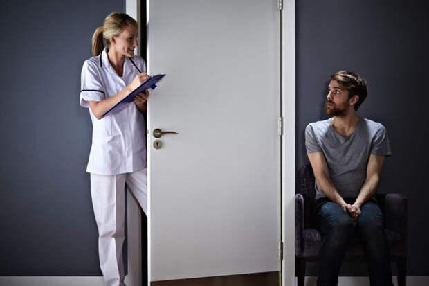 Ходить к психологу, лечиться и любить. Чего боятся российские мужчины