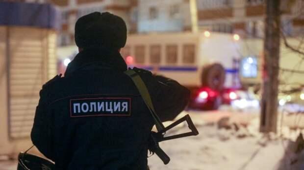 Полицейского оставили на работе после конфликта с мигрантом в Томске
