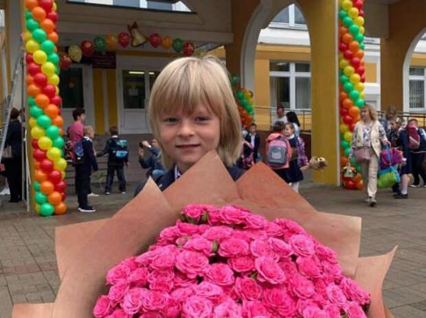"""""""Как вырос!"""": народ ахнул при виде вымахавшего сына Рудковской"""