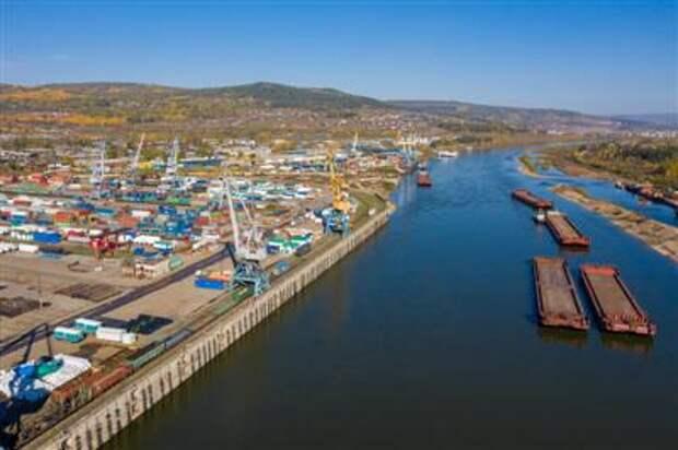 Погрузка экспортных грузов на сети РЖД в порты выросла на 7,6% за январь-март