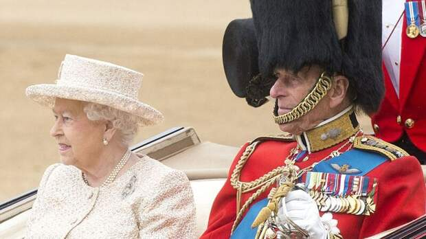 Елизавета II пережила еще одну трагедию в день похорон принца Филиппа