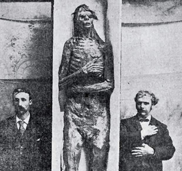 Тайна древней мумии индейца - великана