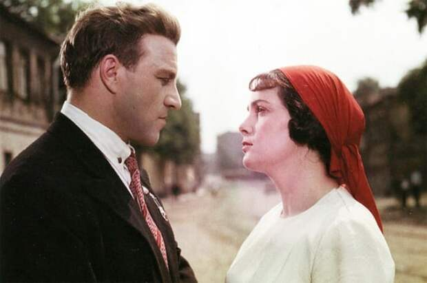 Кадр из фильма *Добровольцы*, 1958 | Фото: aif.ru
