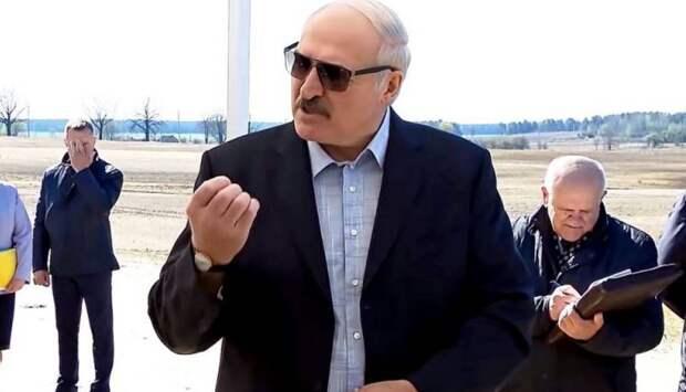 Против коронавируса и России: Лукашенко проигрывает свой «последний бой»